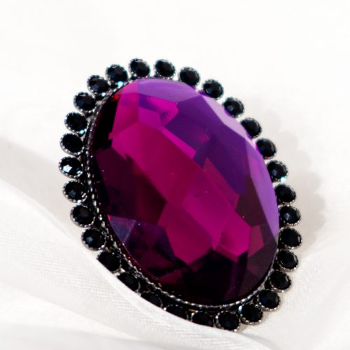 Purple Stone With Black Pearls Ring