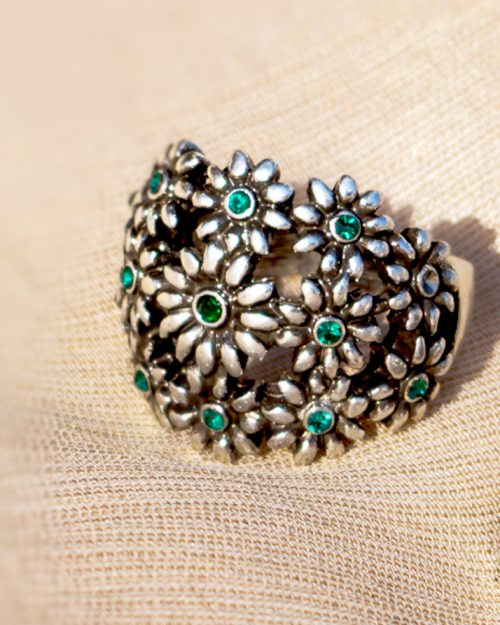 Silver Flowers Green Pearls Ring