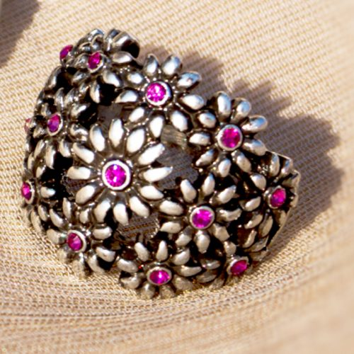 Silver Flowers Pink Pearls Ring
