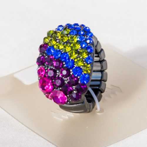 Individually Combeded Pearls in Stretchable Ring